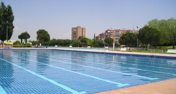 las piscinas de madrid tambi n abren para los vecinos de ForPiscina Municipal Vicalvaro